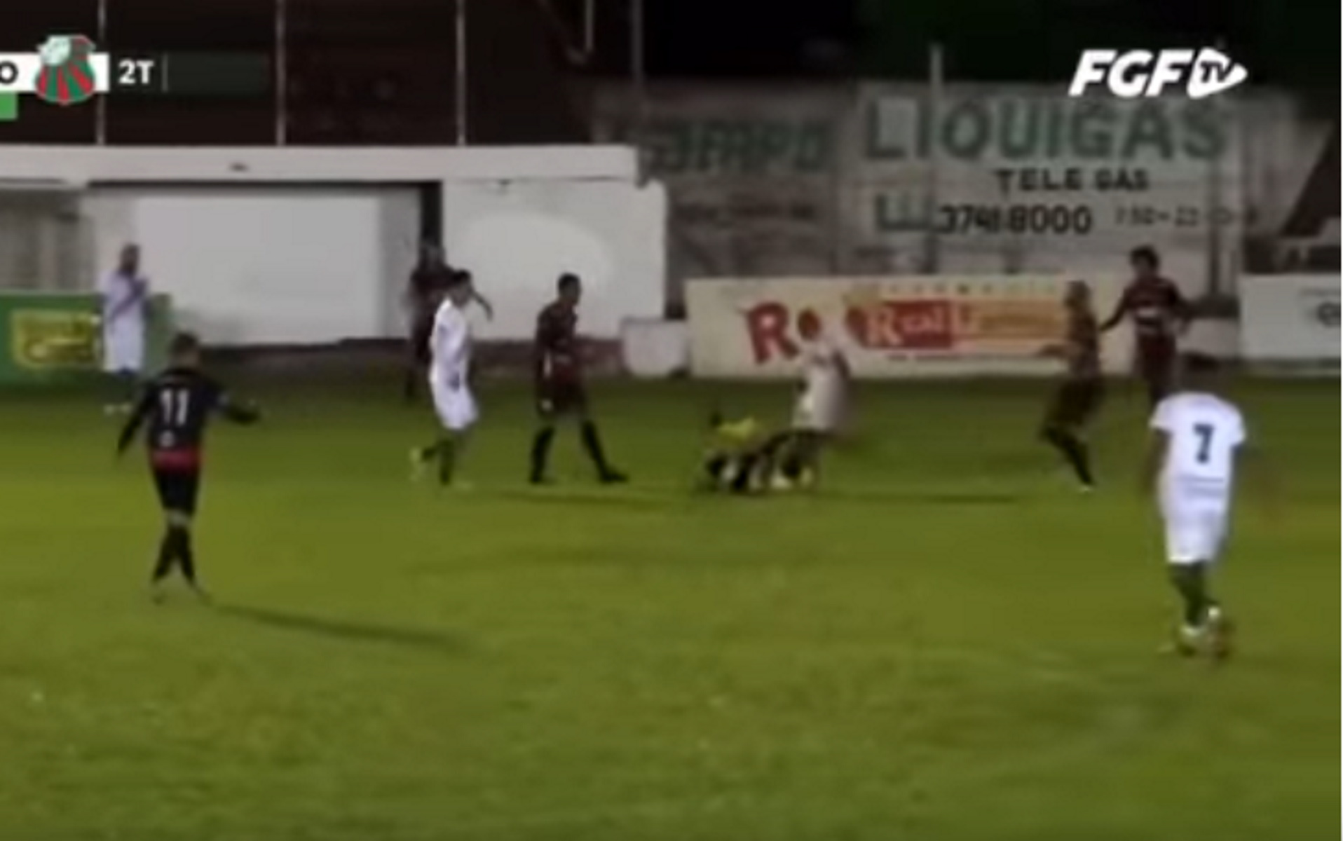 Για απόπειρα δολοφονίας κατηγορείται ο ποδοσφαιριστής που κλώτσησε διαιτητή στο κεφάλι
