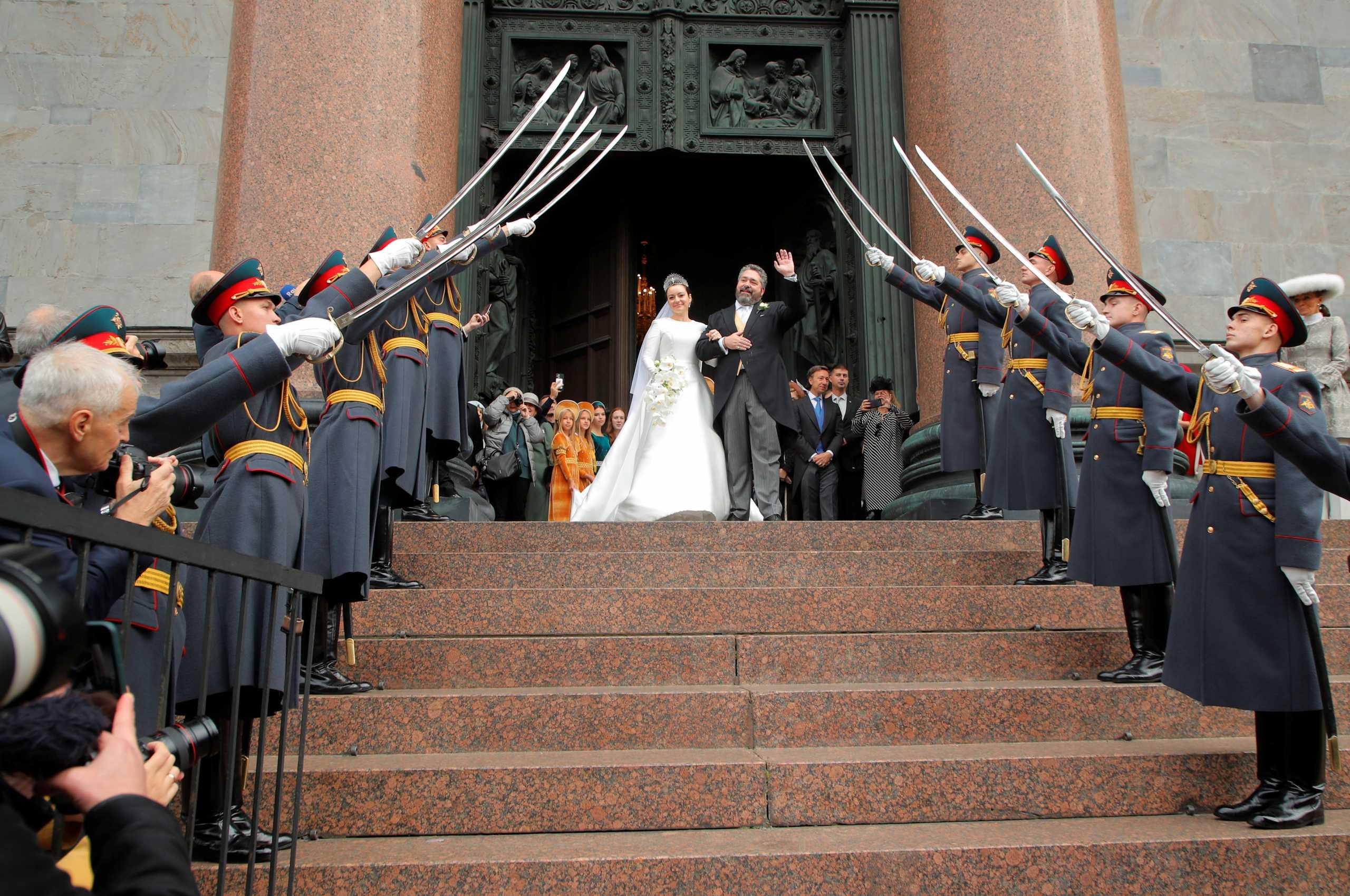 Ρωσία: Υπερπολυτελής βασιλικός γάμος για απόγονο των Ρομανόφ – Ο πρώτος από το 1917