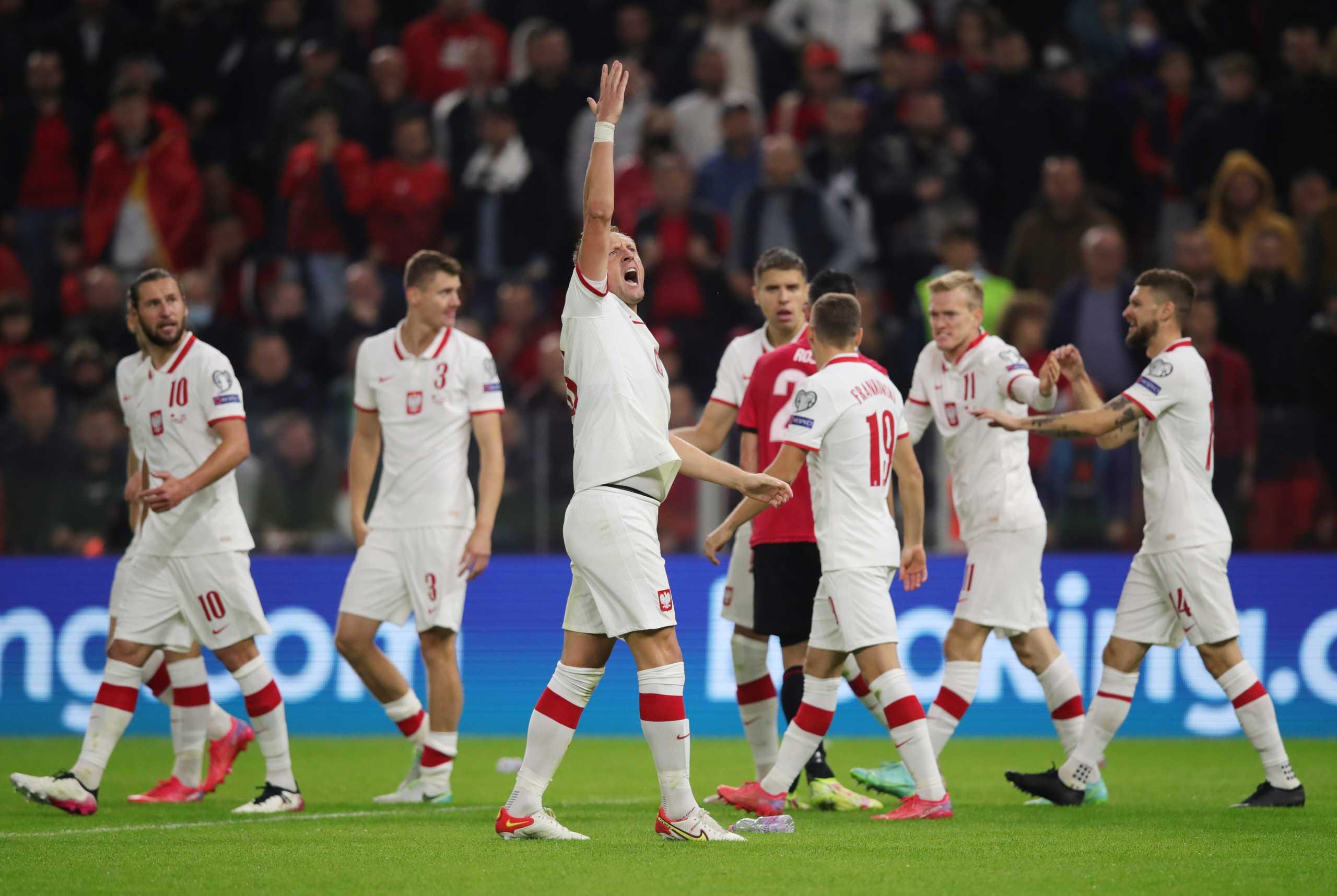 Προκριματικά Μουντιάλ 2022: Προκρίθηκε η Δανία, χατ-τρικ ο Κριστιάνο Ρονάλντο, «διπλό» με Σφιντέρσκι και ρίψη αντικειμένων η Πολωνία