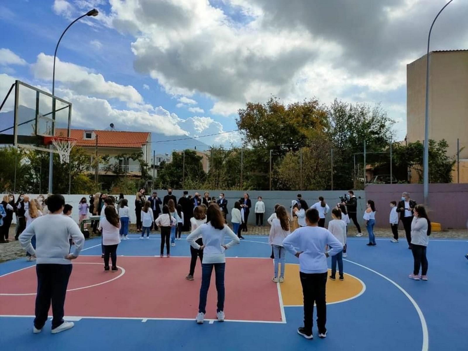 Παραδόθηκαν στα παιδιά της Σαμοθράκης τα γήπεδα που υποσχέθηκε ο Κυριάκος Μητσοτάκης