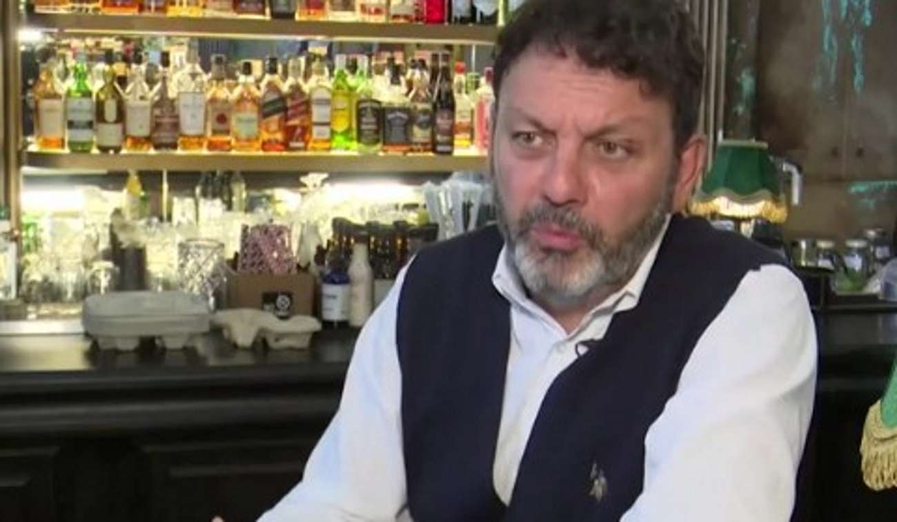 Στάθης Αγγελόπουλος: «Βίωσα και βιώνω μπούλινγκ για την τσιγγάνικη καταγωγή μου»