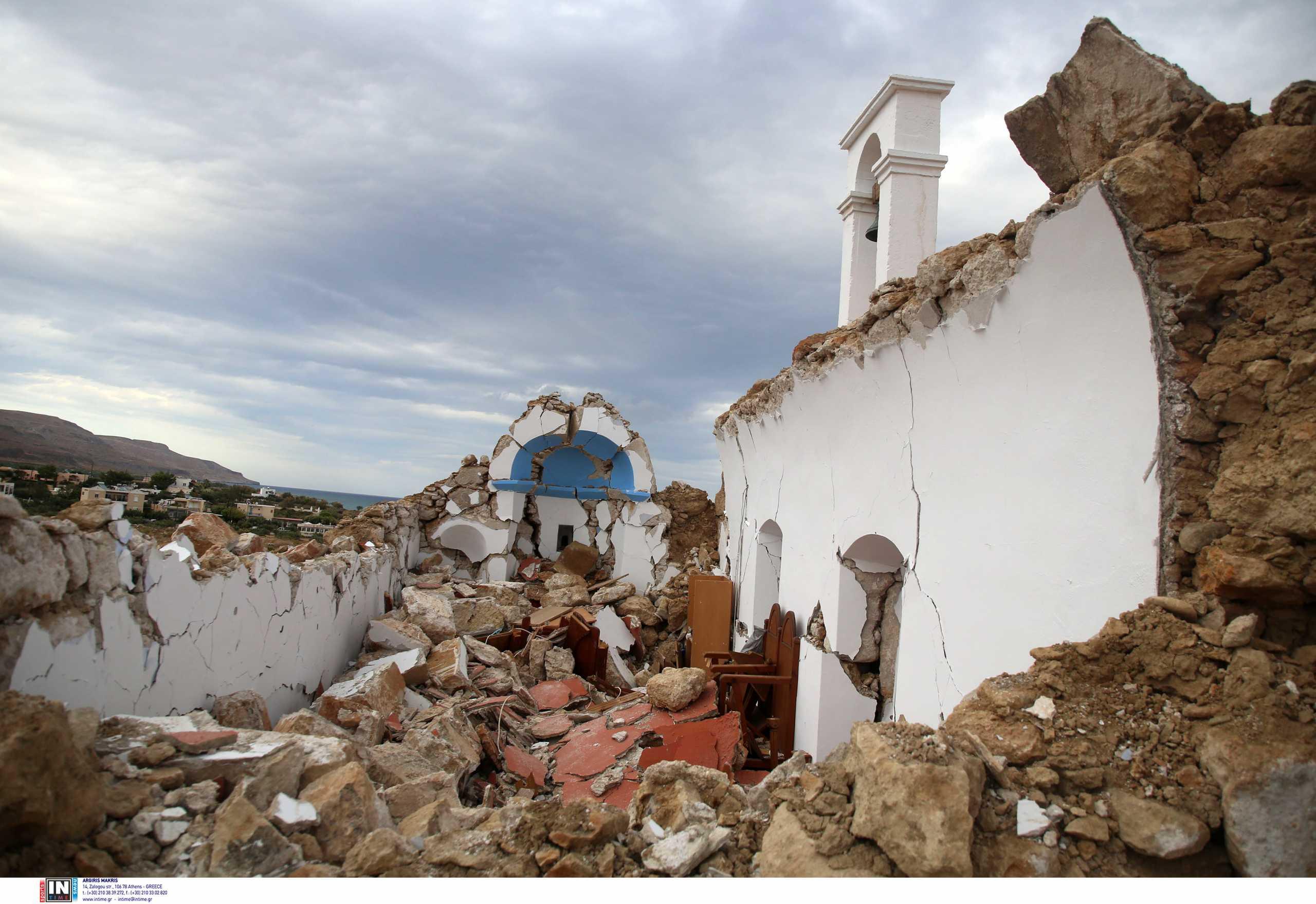Σεισμός στην Κρήτη: Στη Σητεία ο Γιάννης Πλακιωτάκης – «Ο Θανάσης Μαρτίνος θα αποκαταστήσει το εκκλησάκι του Αγίου Νικολάου»