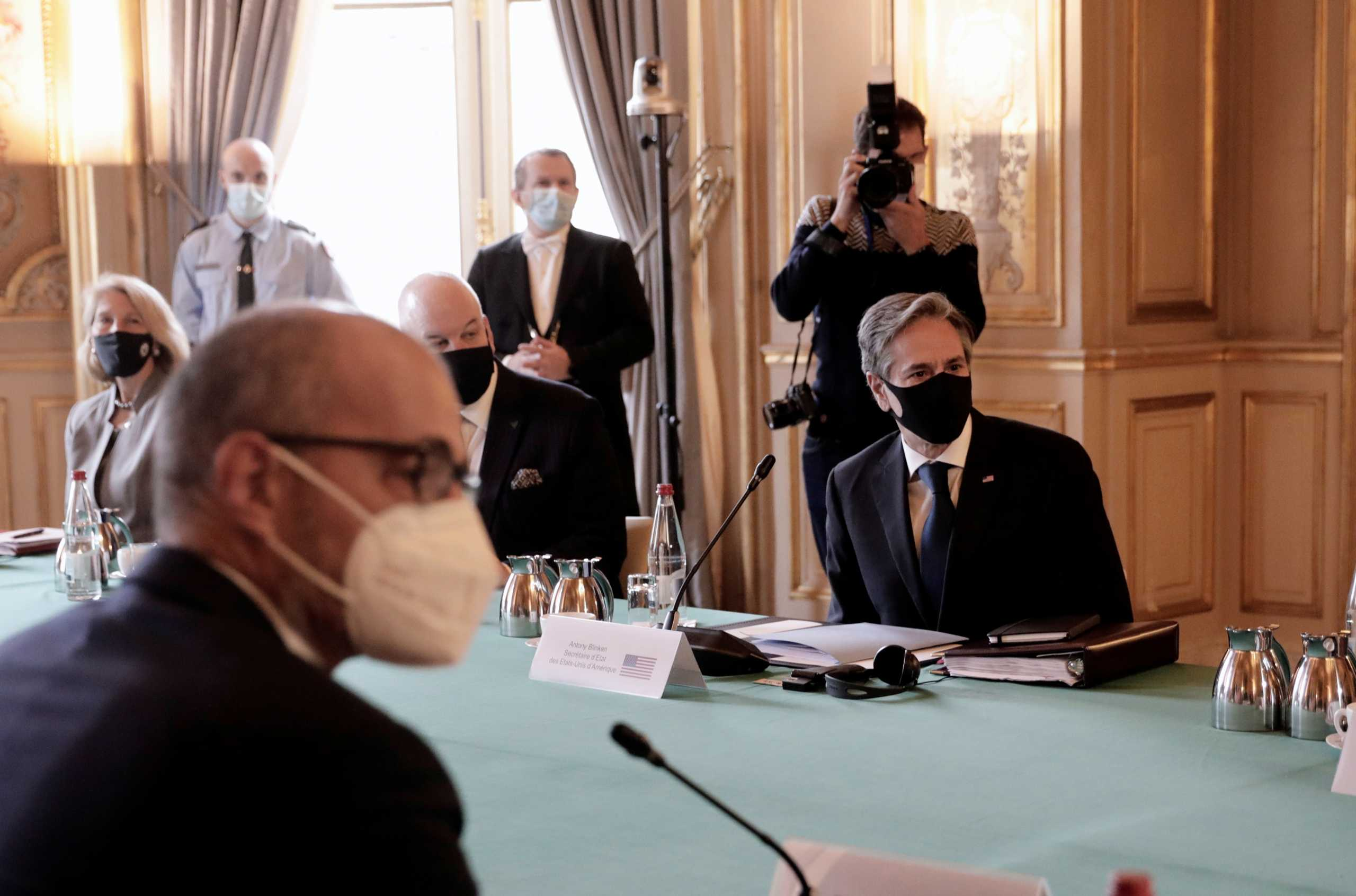 AUKUS: Στην Γαλλία ο Άντονι Μπλίνκεν μέσα σε ατμόσφαιρα…. ηλεκτρισμένη