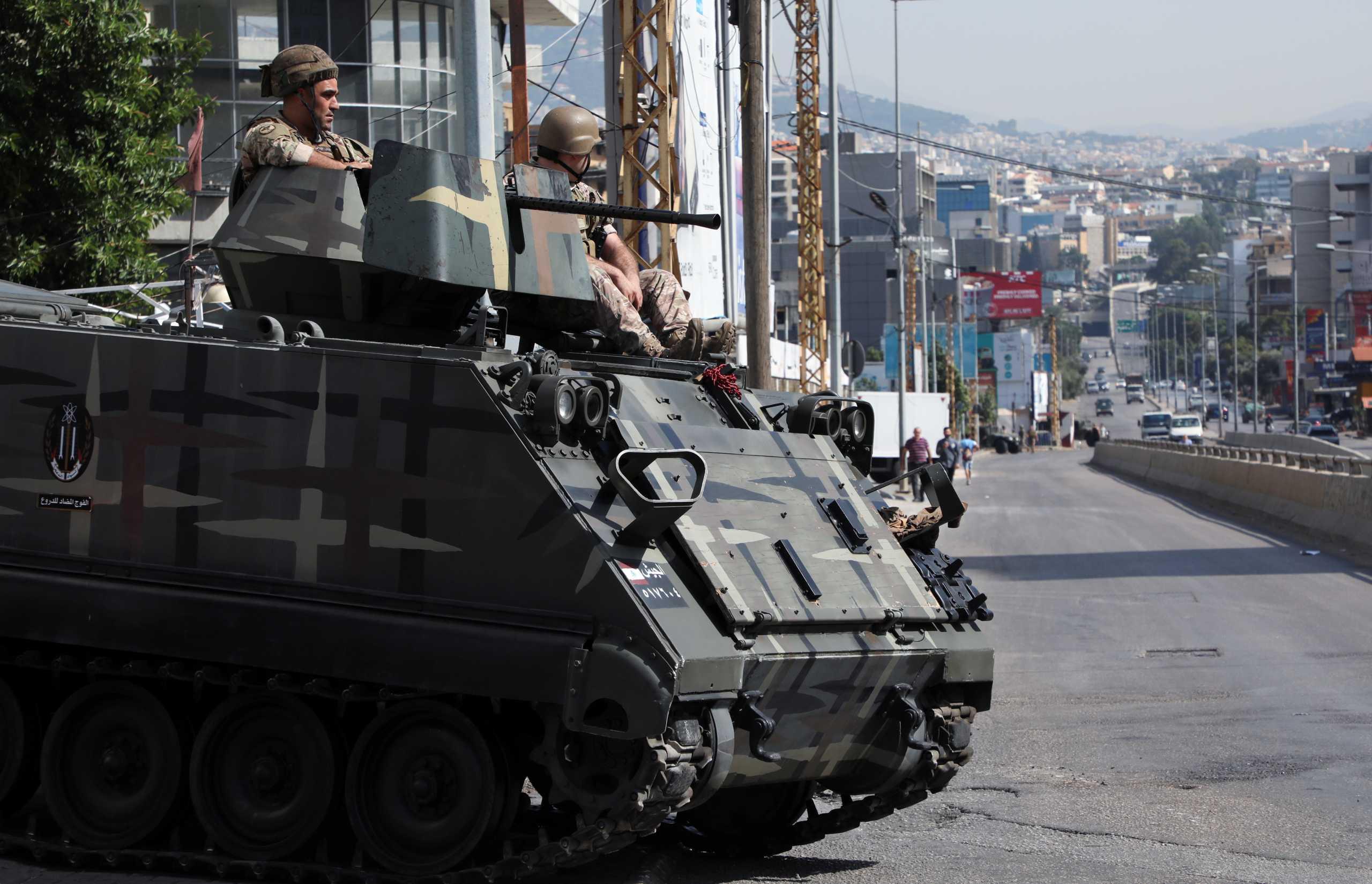 Λίβανος: Σκηνές εμφυλίου στη Βηρυτό - Συμπλοκές με νεκρούς μεταξύ Χεζμπολάχ και Αμάλ