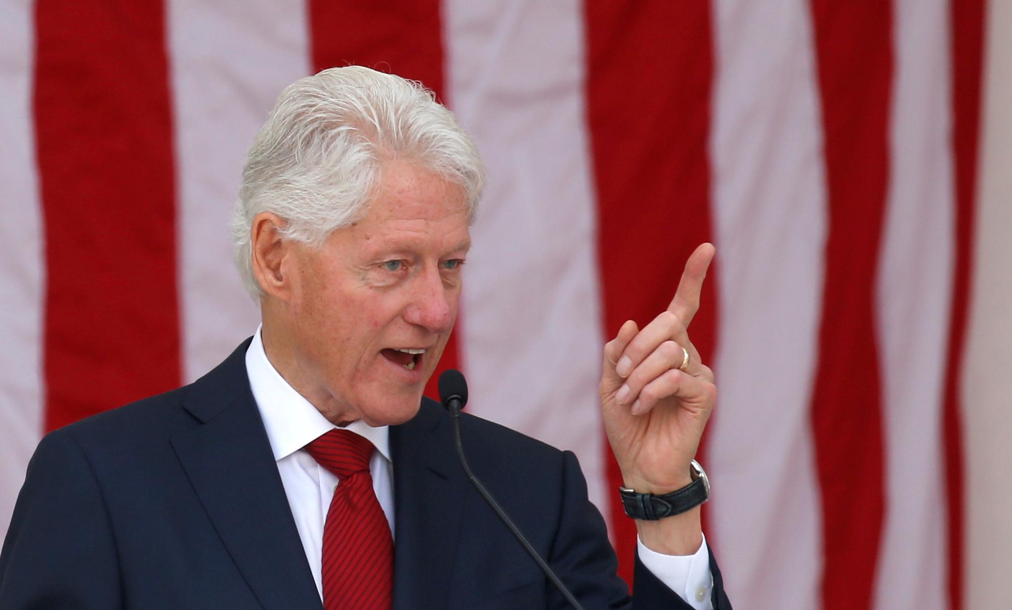 Στην Εντατική ο Μπιλ Κλίντον με «μυστήρια» μόλυνση