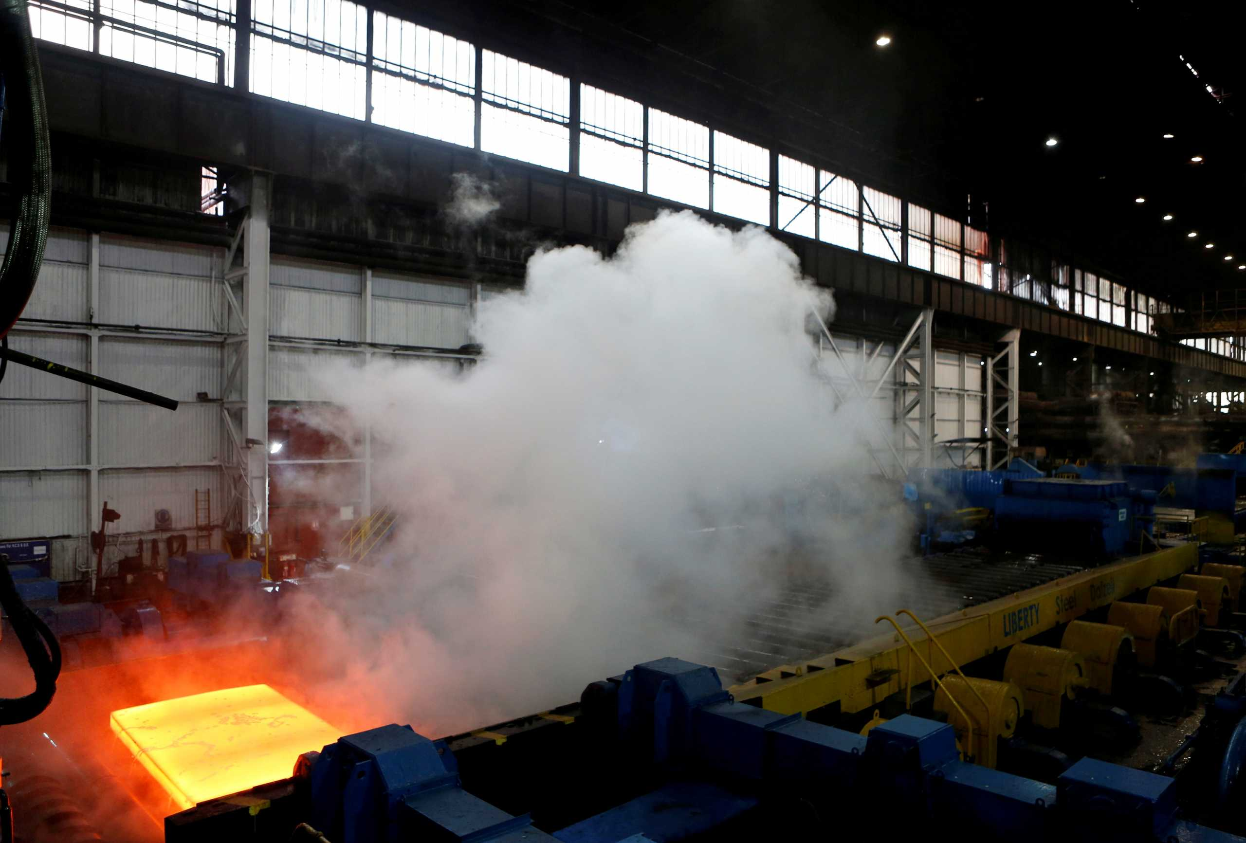 Βρετανία: Οι βιομηχανίες χάλυβα προειδοποιούν για κρίση, κλείσιμο εργοστασίων και χάος στον εφοδιασμό