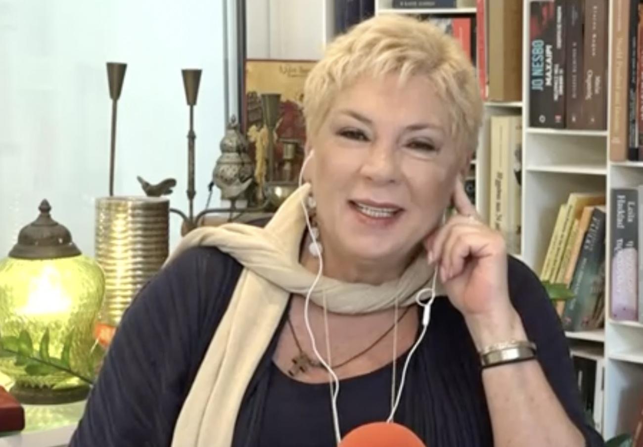 Δήμητρα Λιάνη Παπανδρέου: «Το να ζεις με έναν τέτοιο ηγέτη δεν είναι απλή ιστορία»