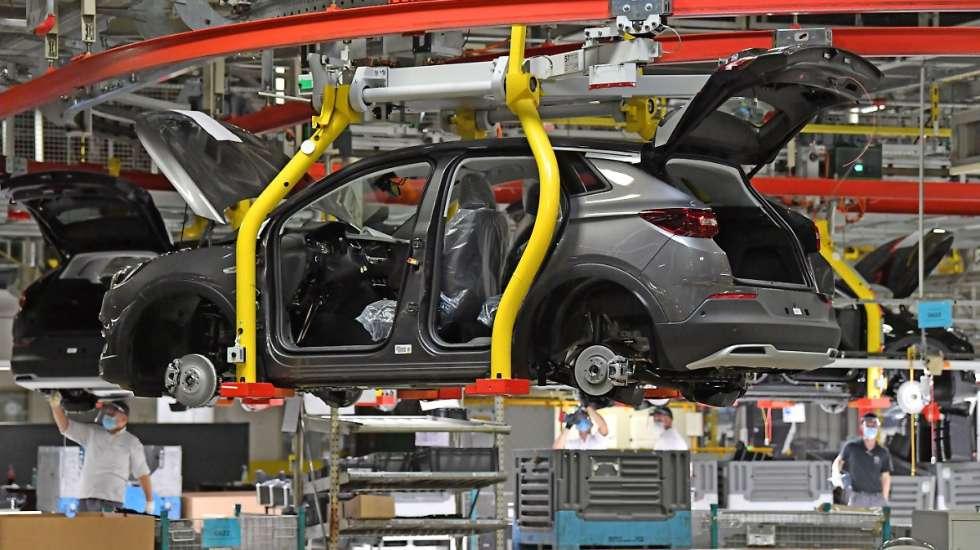 Εργοστάσιο της Opel κατεβάζει ρολά μέχρι το 2022 ελλείψει μικροτσίπ!