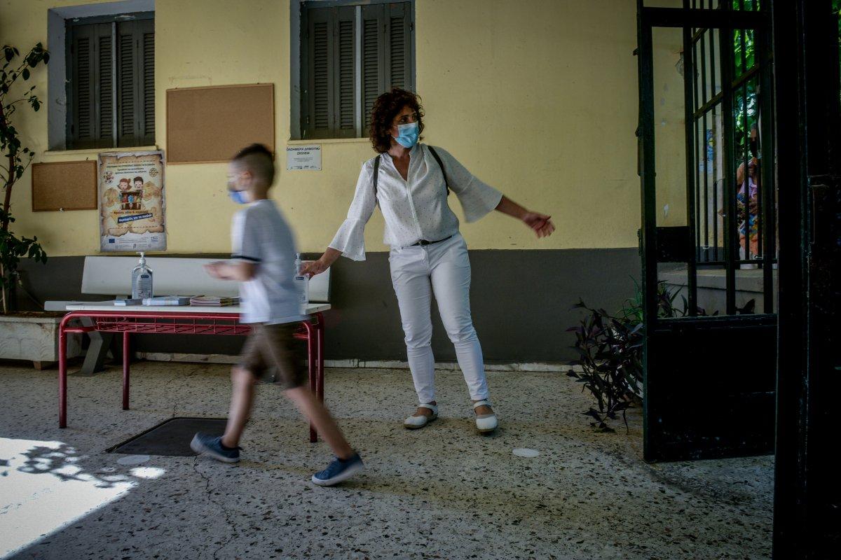 Σεισμός στην Κρήτη: Έκλεισαν τα σχολεία - Πανικόβλητοι γονείς έτρεχαν να πάρουν τα παιδιά τους