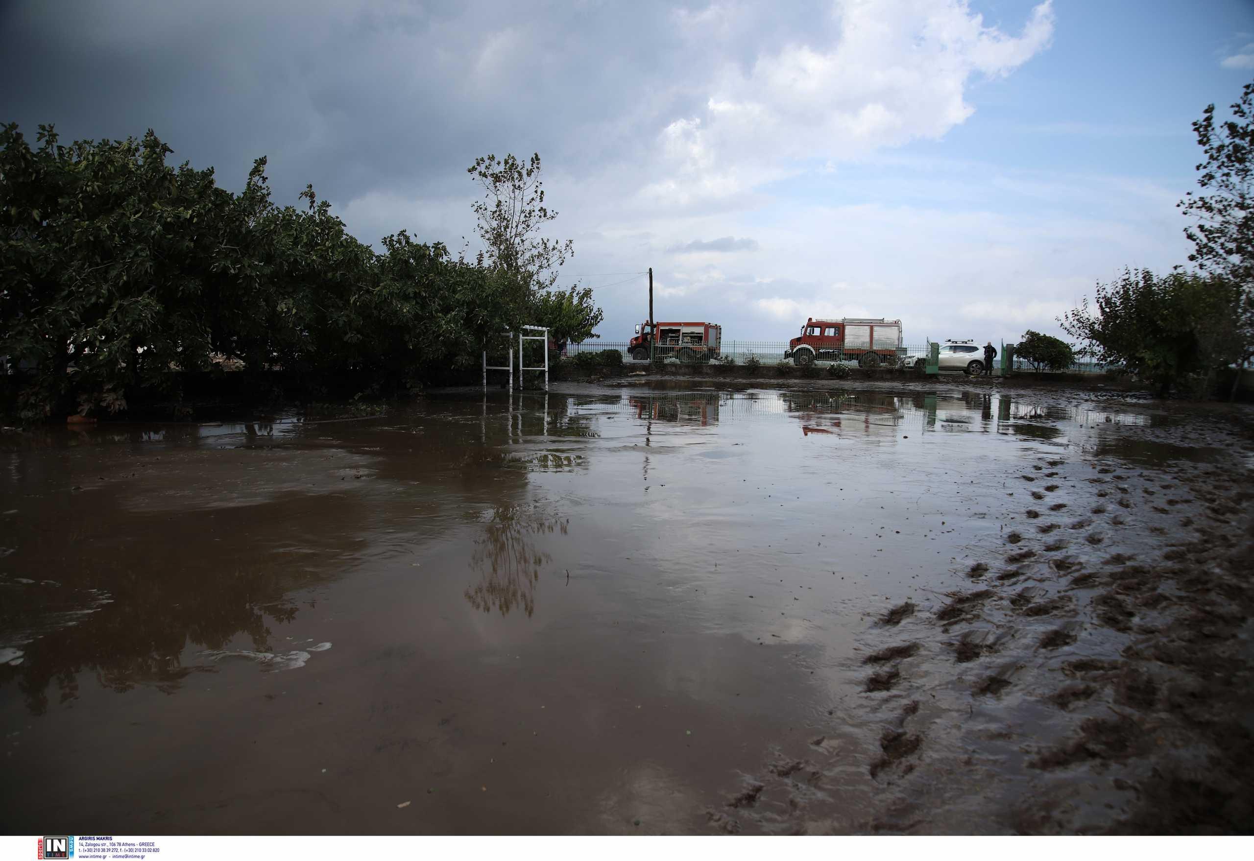Κακοκαιρία «Μπάλλος»: Προληπτική εκκένωση χωριών στη Βόρεια Εύβοια – Απομακρύνθηκαν 45 άνθρωποι