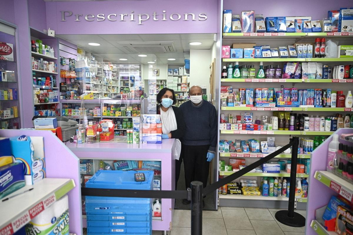 Βρετανία: Μετά τα καύσιμα, έρχονται ελλείψεις και στα φάρμακα