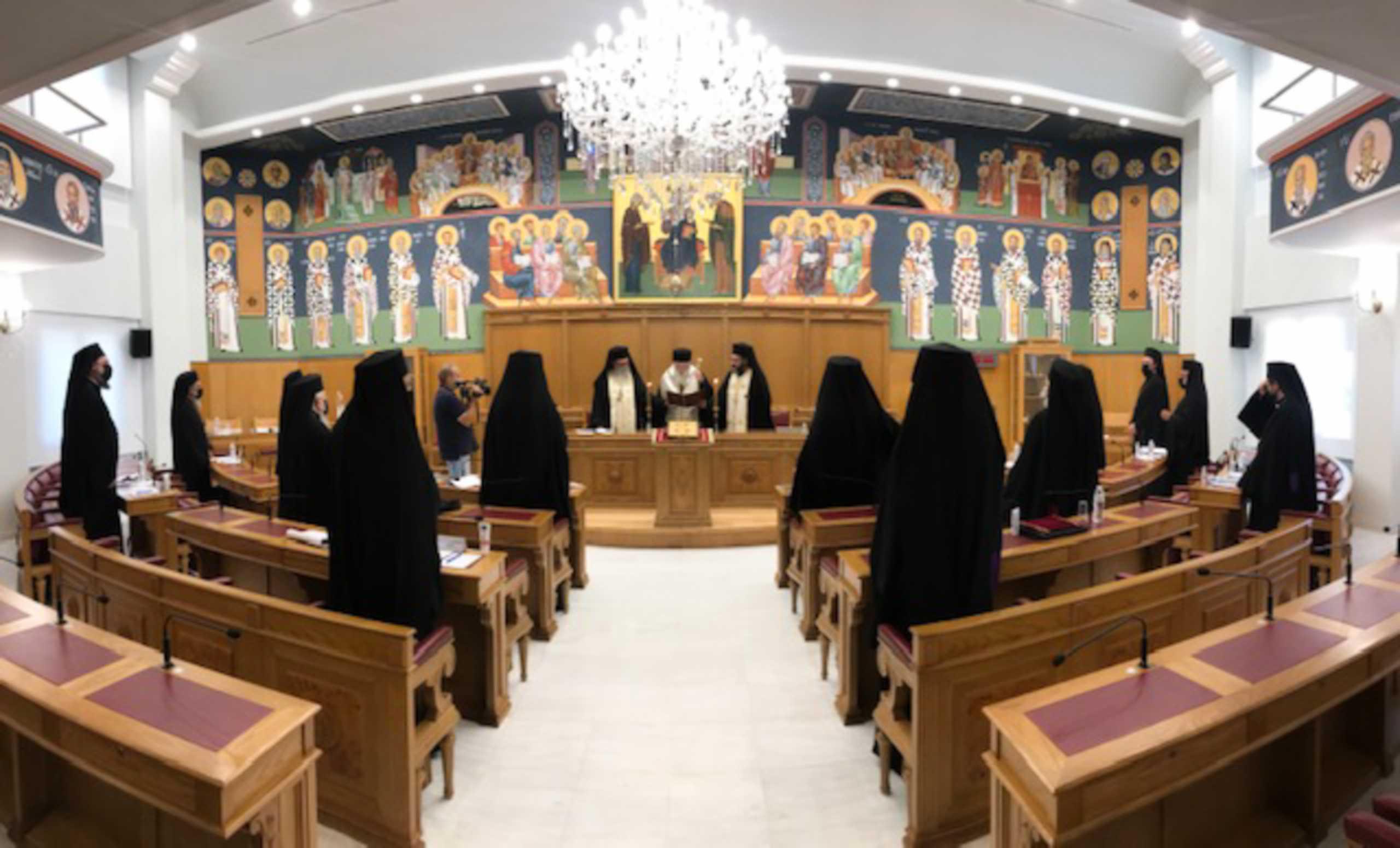 Ιερά Σύνοδος: Κορονοϊός και θεωρίες συνωμοσίας στο επίκεντρο της συνεδρίασης