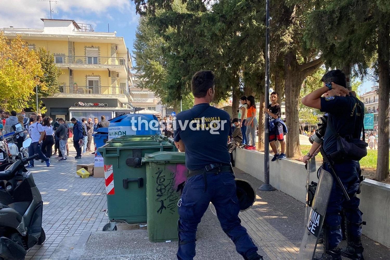 Θεσσαλονίκη: Στο αυτόφωρο οδηγείται ο 30χρονος που επιτέθηκε σε μέλη της ΚΝΕ στην Ηλιούπολη