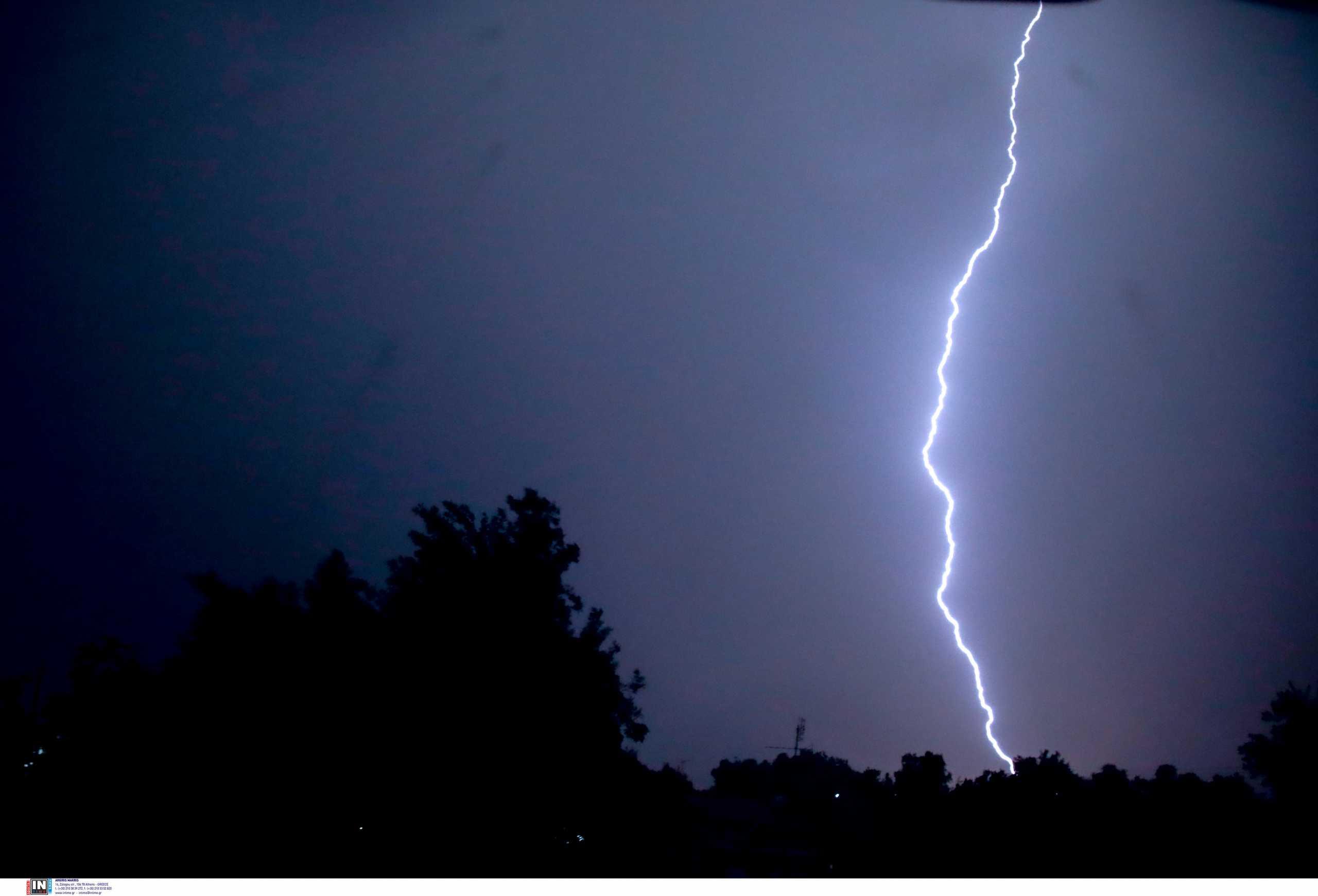 Καιρός αύριο: Καταιγίδες και χαλάζι σε αρκετές περιοχές