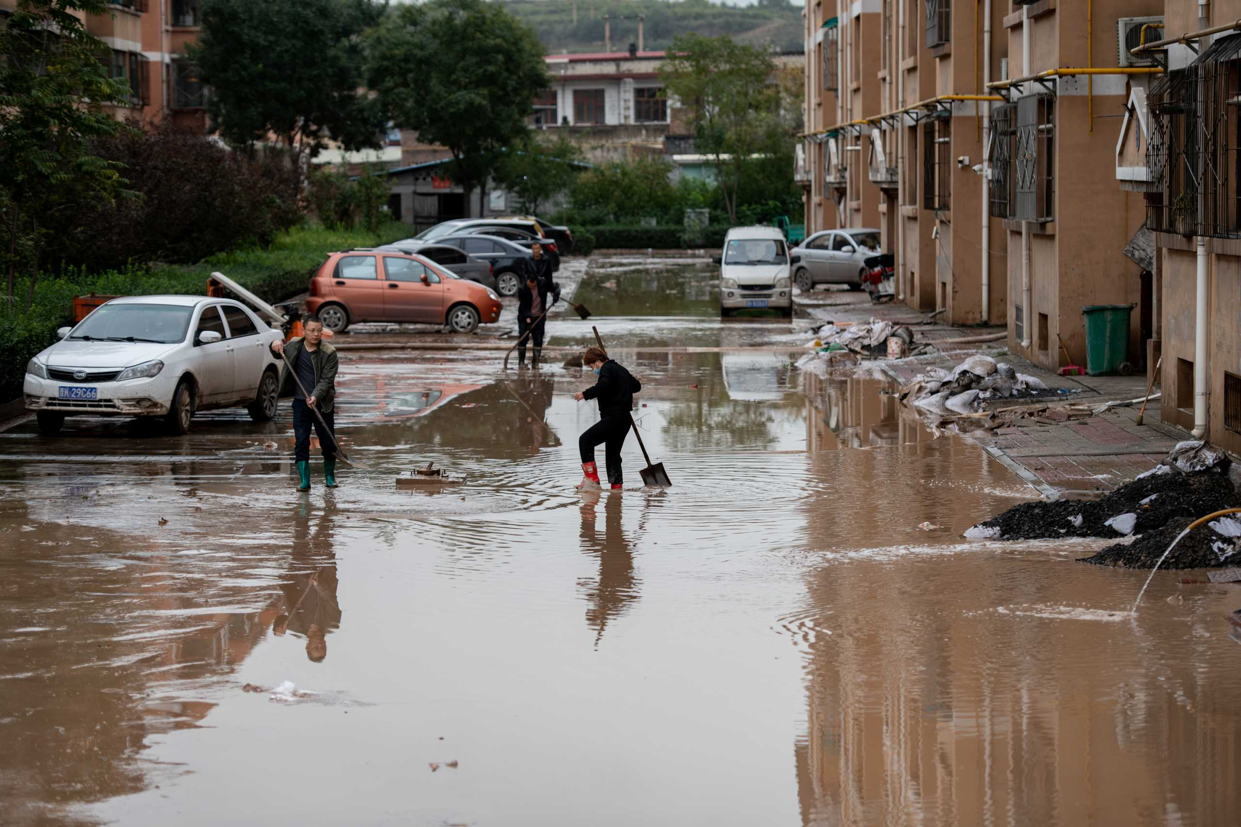 Κίνα: 15 νεκροί από τις φονικές πλημμύρες στην Σανσί – Εικόνες απόλυτης καταστροφής