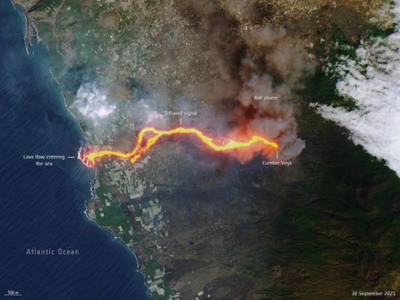 Έκρηξη ηφαιστείου στη Λα Πάλμα: Το «ποτάμι λάβας» από δορυφορική φωτογραφία