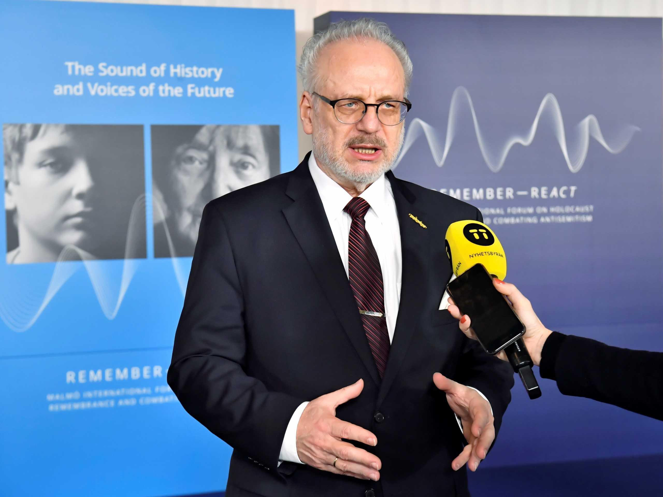 Κορονοϊός: Θετικός ο πρόεδρος της Λετονίας – Σε καραντίνα ο Φινλανδός ομόλογος του