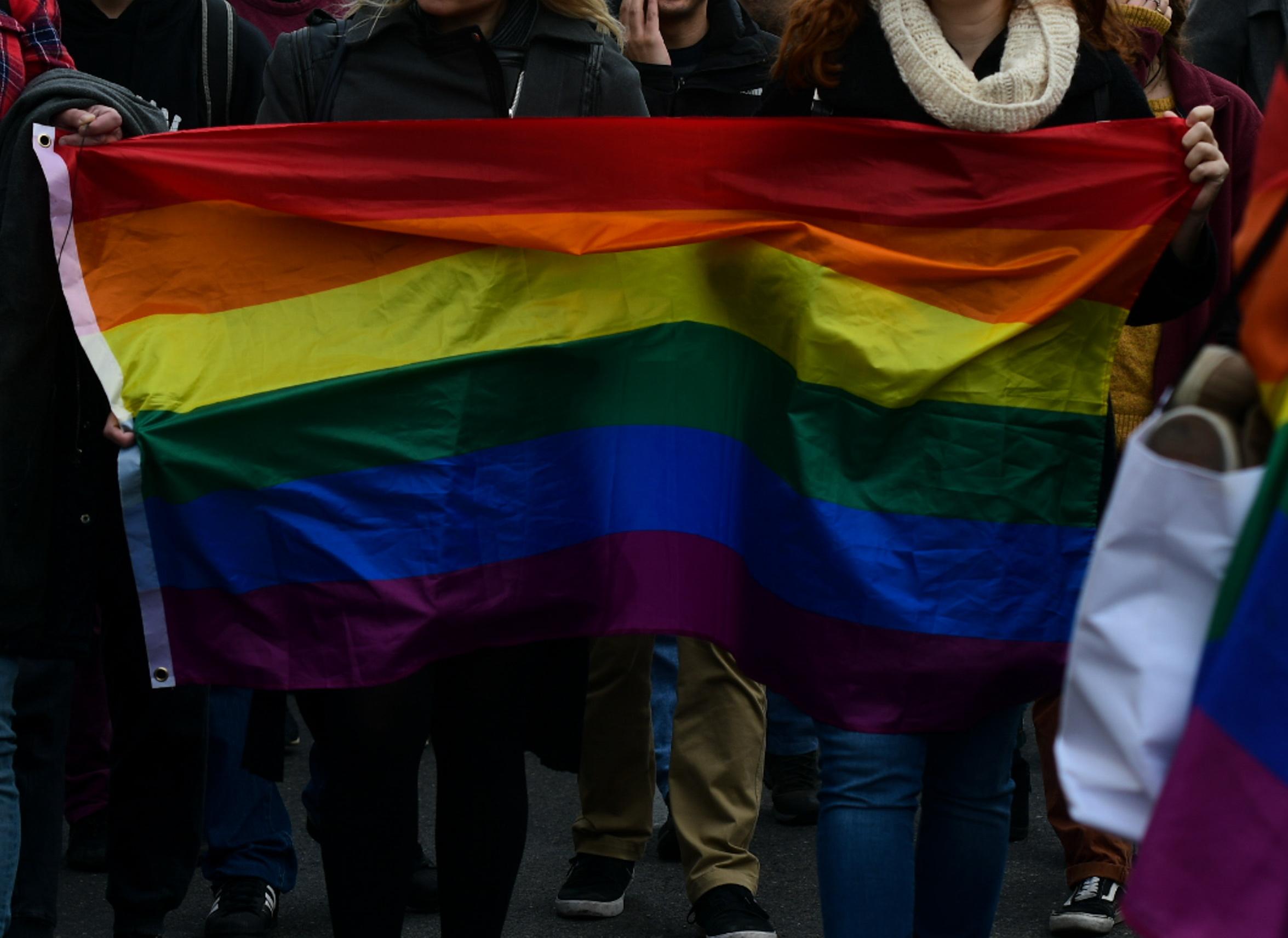Έρευνα: Η ΛΟΑΤΚΙ+ κοινότητα δεν είναι αποδεκτή στην Ελλάδα