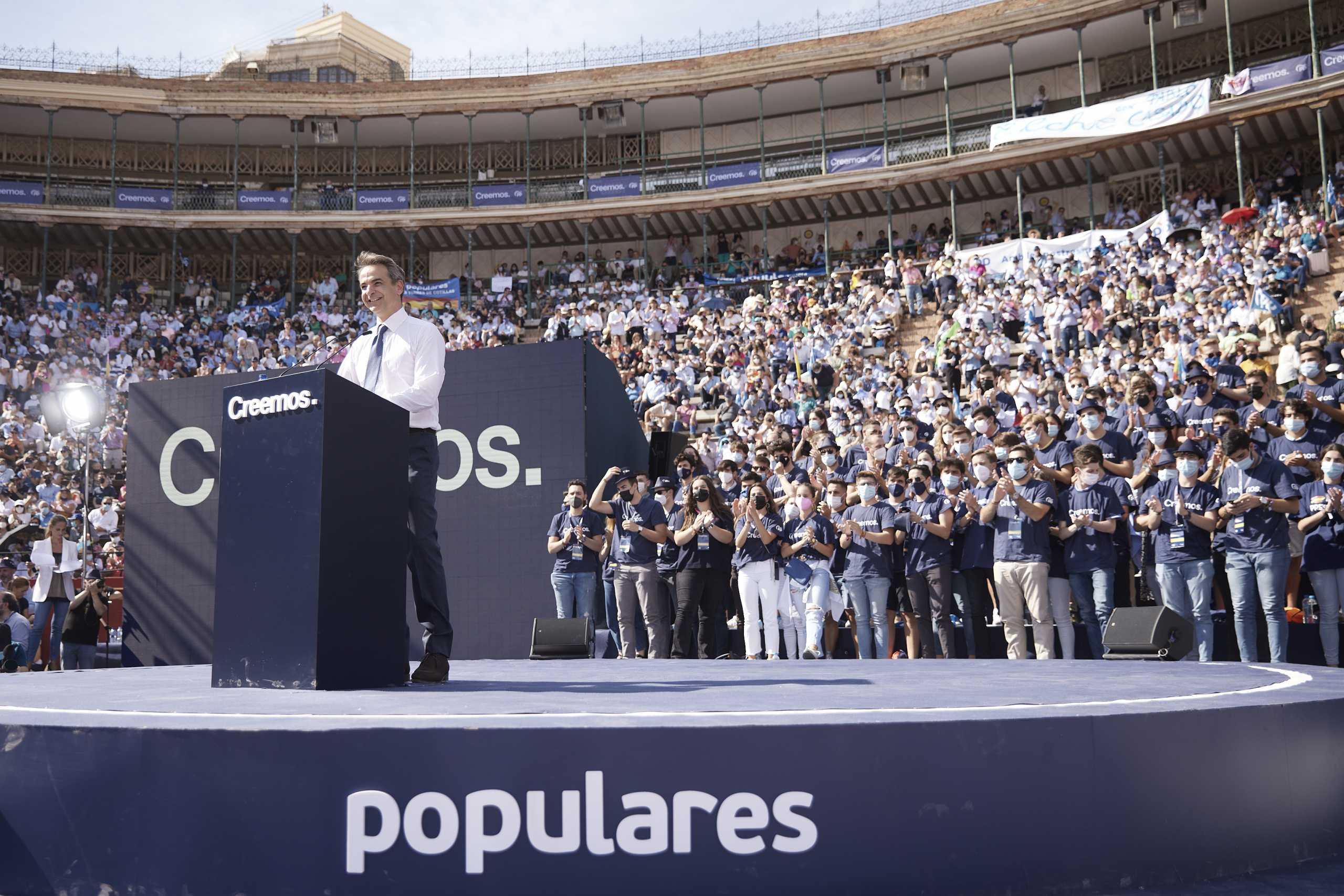 Κυριάκος Μητσοτάκης στο Λαϊκό Κόμμα Ισπανίας: Στη χώρα μας ηττήθηκαν οι αντίστοιχοι Podemos