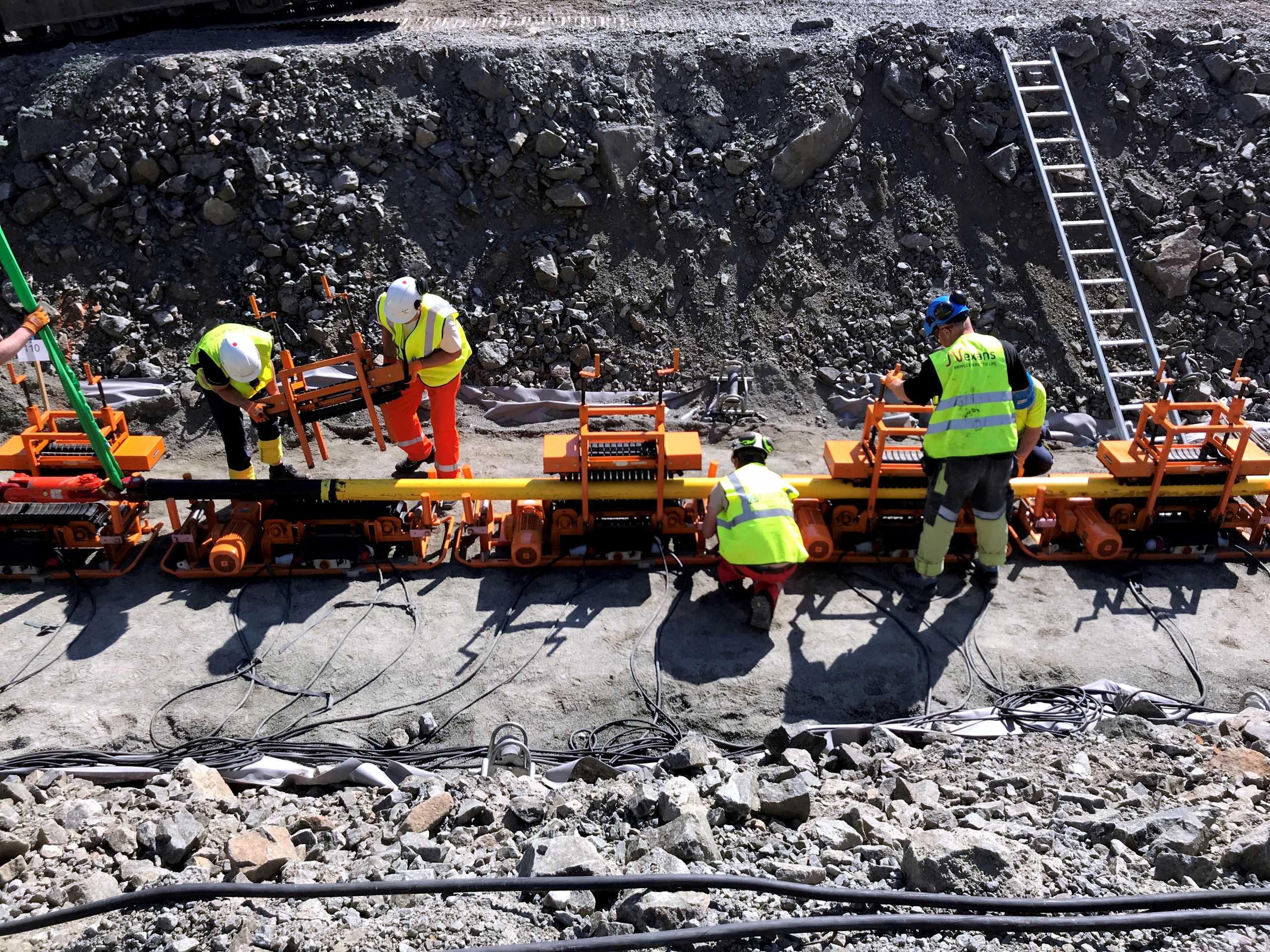 Βρετανία και Νορβηγία μοιράζονται ηλεκτρική ενέργεια με υποθαλάσσιο καλώδιο «μαμούθ» 720 χλμ.
