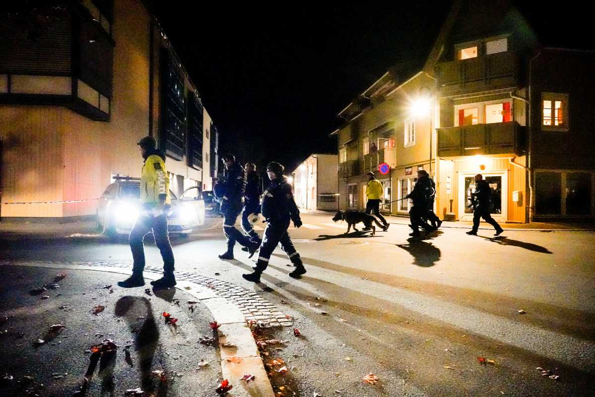 Νορβηγία - Επίθεση με τόξο