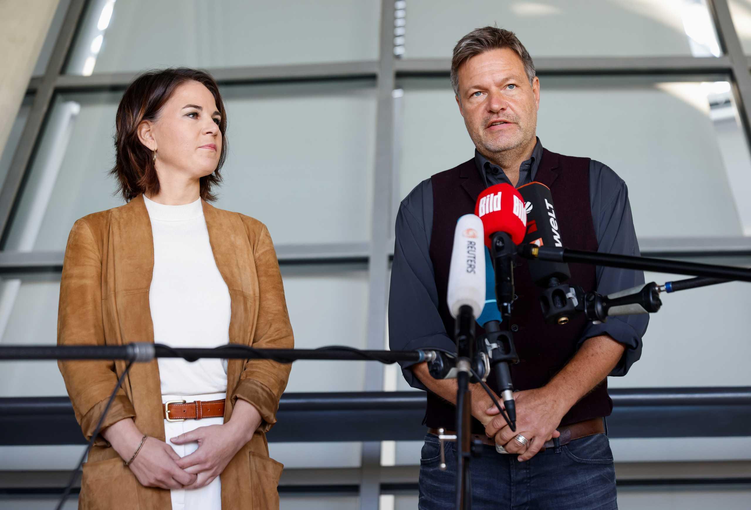 Γερμανία: Κυβέρνηση «φανάρι» θέλουν οι Πράσινοι - Συνομιλίες με SPD και FDP