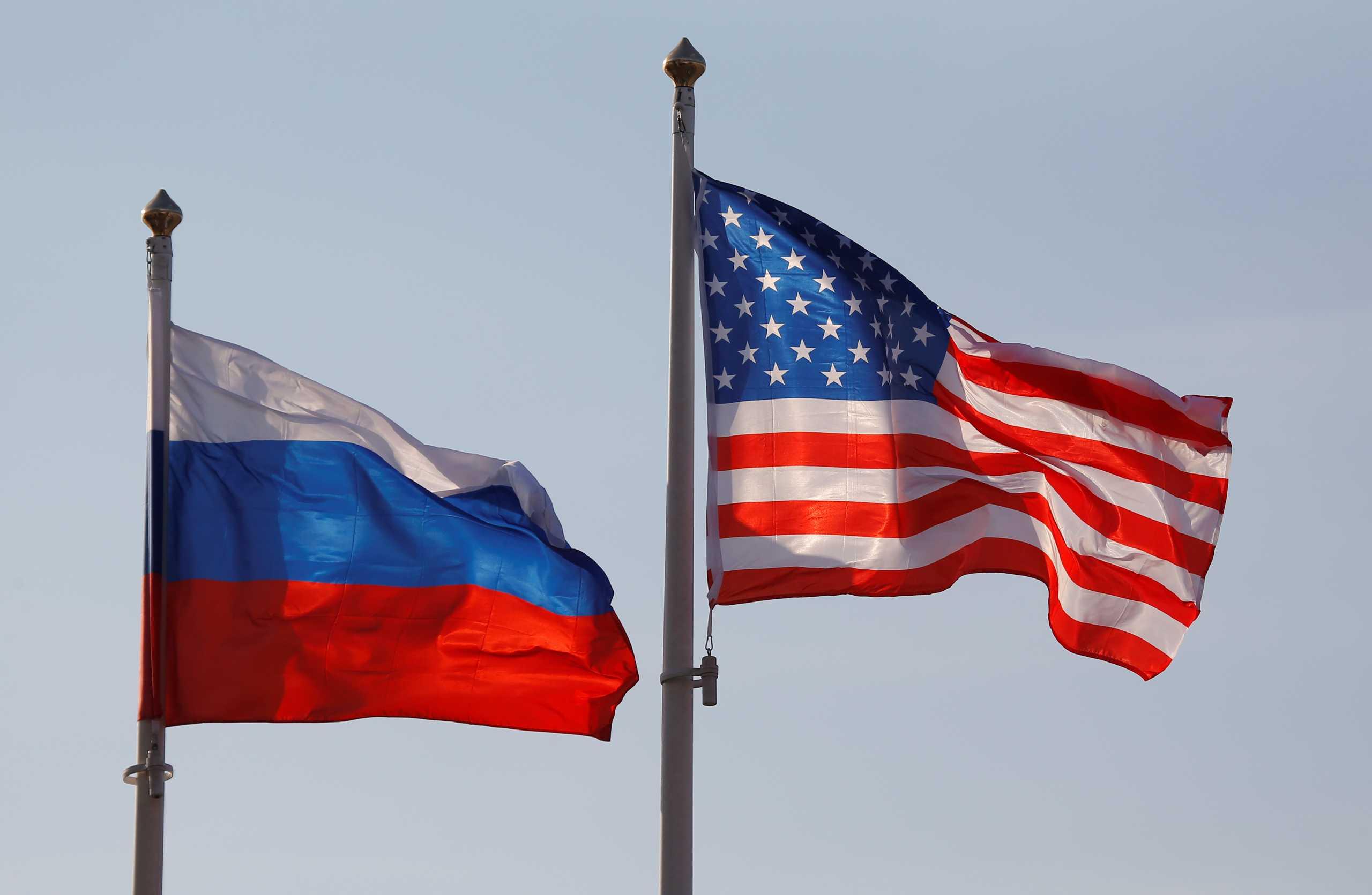 ΗΠΑ: Γερουσιαστές ζητούν να απελαθούν 300 Ρώσοι διπλωμάτες