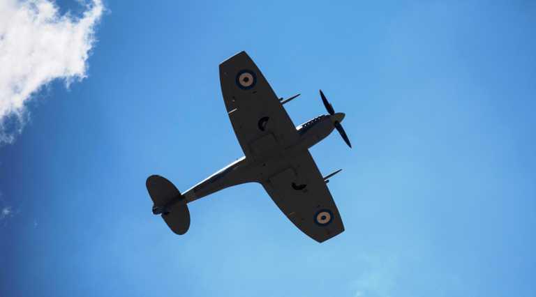 Παρέλαση 28ης Οκτωβρίου – Θεσσαλονίκη: Spitfire και F16 «σκίζουν» τον ουρανό