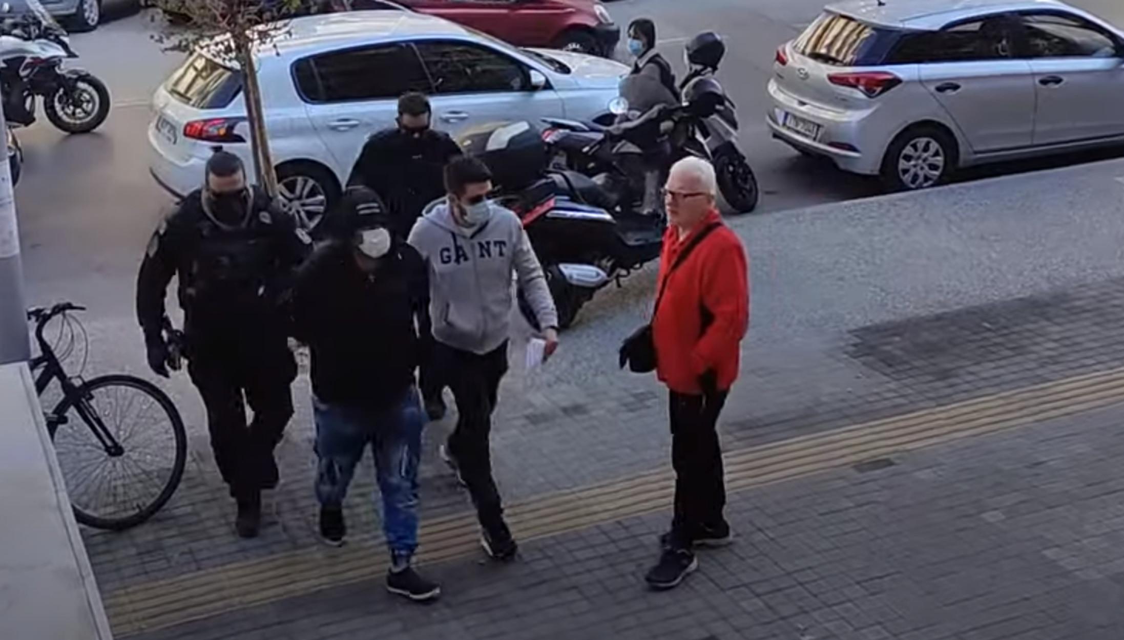 Θεσσαλονίκη: Ποινική δίωξη στον 30χρονο για την επίθεση στα μέλη της ΚΝΕ – Ελεύθερος μέχρι τη δίκη