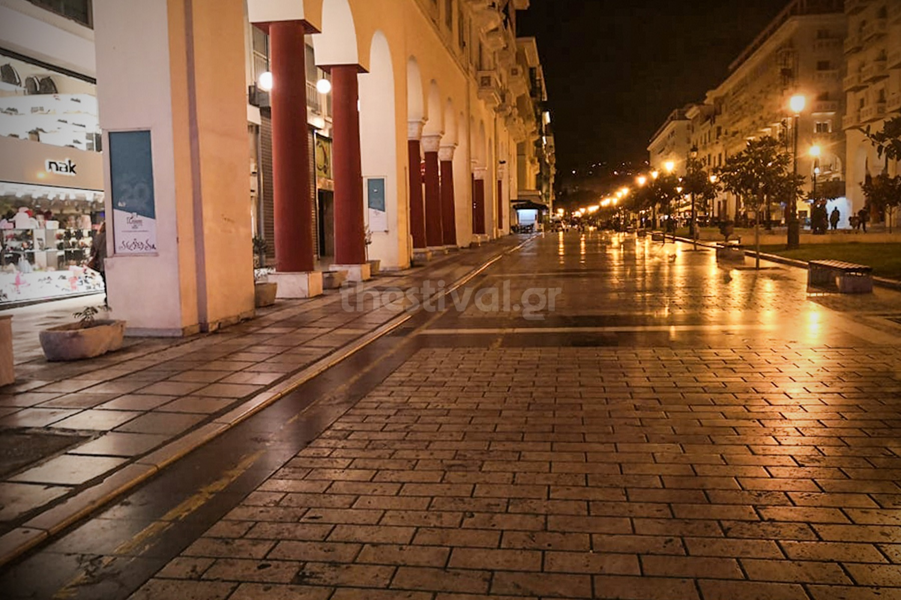 Θεσσαλονίκη: Έρημοι δρόμοι μετά το μίνι lockdown – 100% πληρότητα στις ΜΕΘ Covid