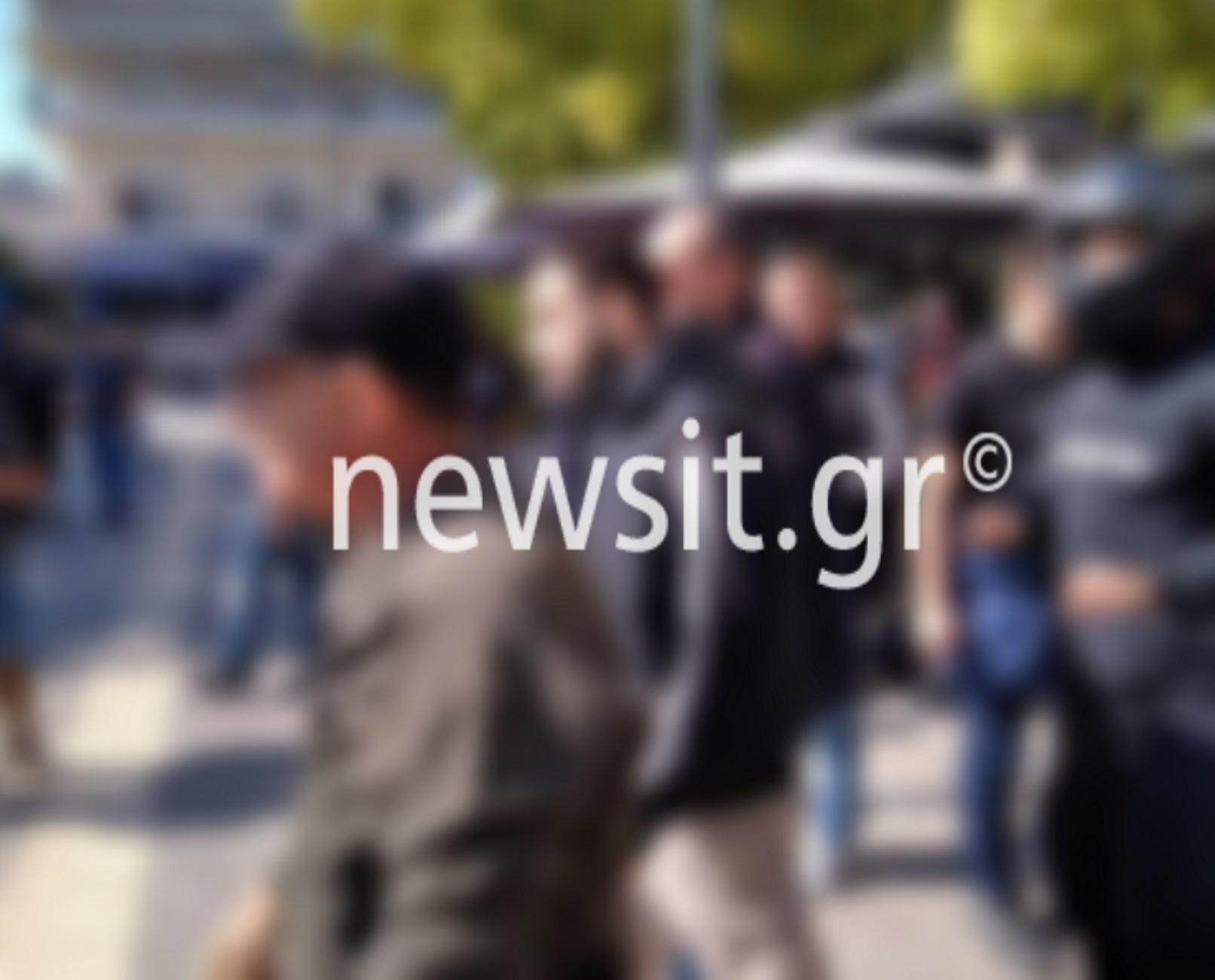 Θεσσαλονίκη: Παρέμβαση των δικηγόρων στη δίκη της Χρυσής Αυγής για την άγρια επίθεση στα μέλη της ΚΝΕ