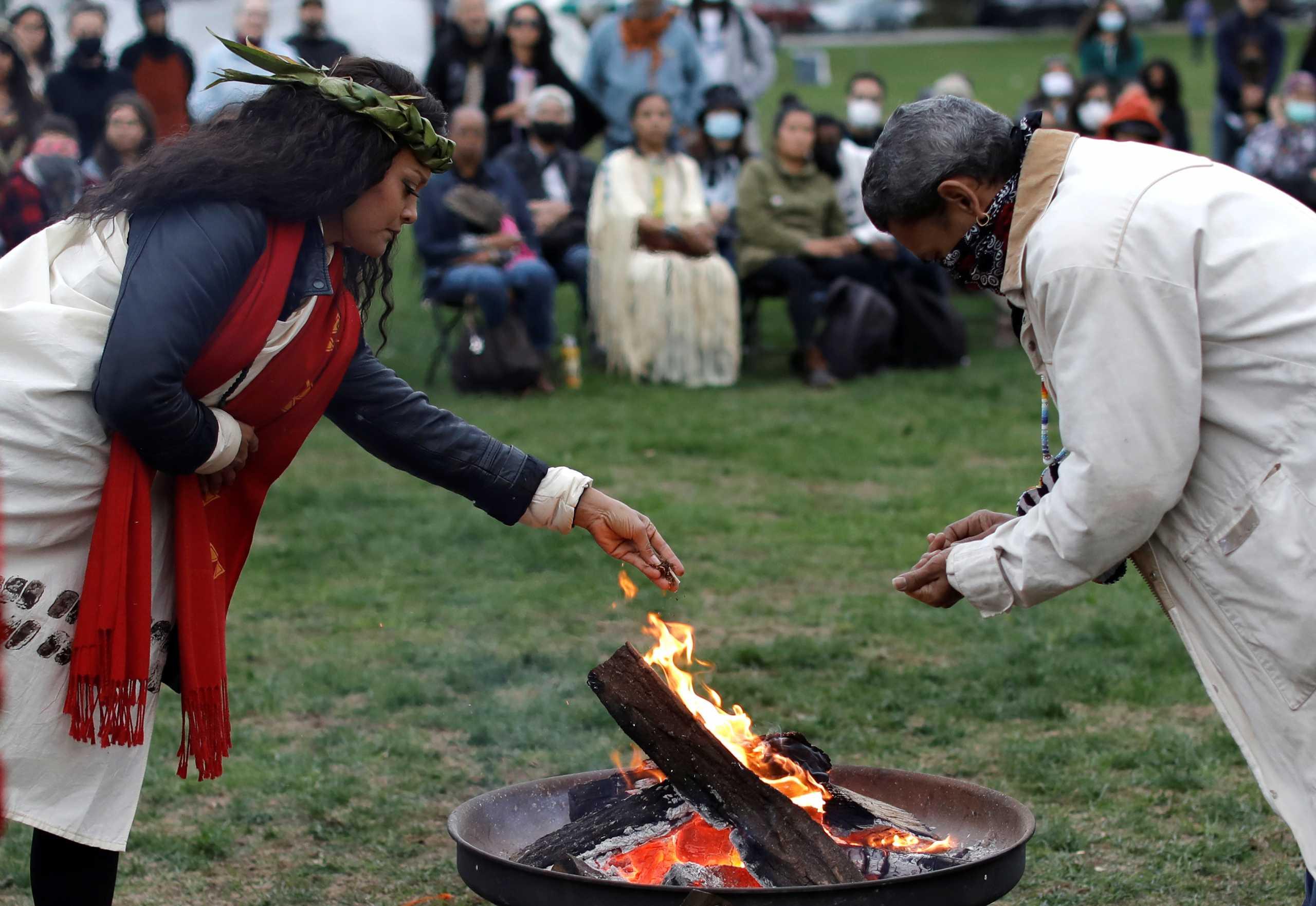 Οι άνθρωποι χρησιμοποιούσαν καπνό πριν 12.300 χρόνια – Τα ευρήματα που ήρθαν στο φως