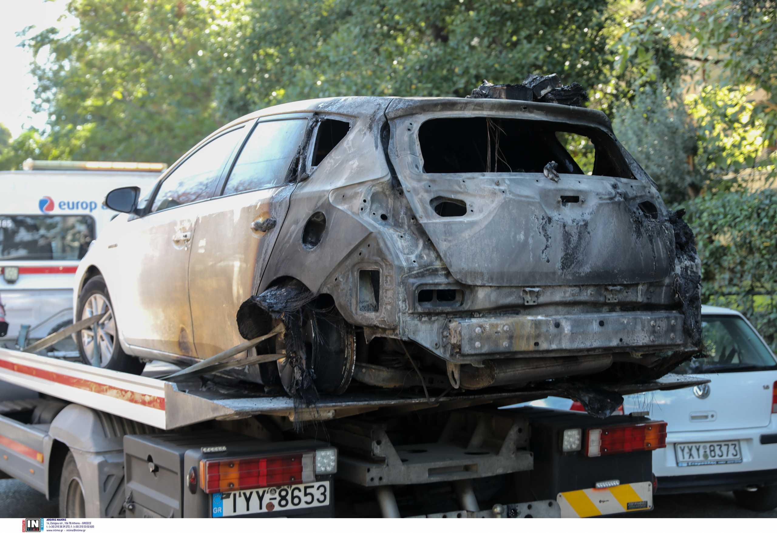 Έκαψαν το αυτοκίνητο της Ελένης Ζαρούλια